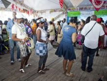 Organisaties klagen over 'blanke invloed' Kwakoe