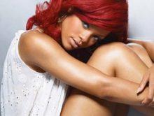 Rihanna brengt covers Stay en Pour It Up