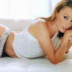 Jay-Z haalt Kylie Minogue binnen bij Roc Nation