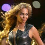 PETA: Beyonce droeg slangenleer
