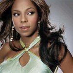 Ashanti showt nieuwe sexy Braveheart cover