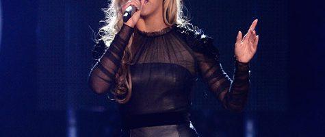 Beyonce lacht om geruchten zwangerschap
