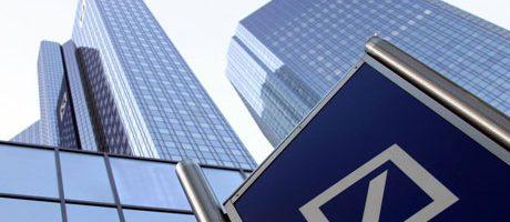 Bankmedewerker doet dutje van 222.222.222 euro