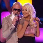 Christina Aguilera en Pitbull live bij finale The Voice