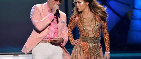 Pitbull en Jennifer Lopez live tijdens Youth Awards