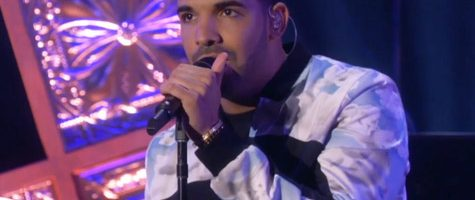 Drake doet 'Hold On, We're Going Home' live
