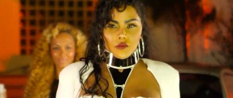 Nieuwe video Lil Kim: 'Looks Like Money'