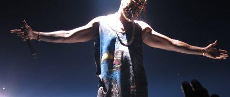 Kanye West stelt Yeezus tour uit