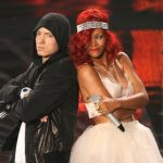Eminem en Rihanna on stage met 'The Monster'