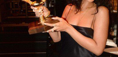 Rihanna wint 'Most Desirable Woman' award