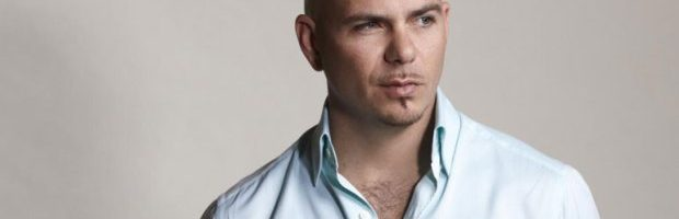 Pitbull brengt nieuwe single 'Fireball'