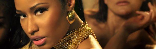 Nicki Minaj schittert op nieuwe foto's reclame Mercedes