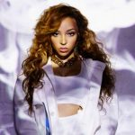 Tinashe in de studio met Britney Spears