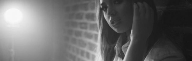 Jasmine V releast video 'I Love Your Crazy'