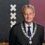 Amsterdamse burgemeester Van der Laan ernstig ziek
