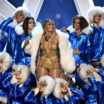 Check hier Jennifer Lopez' performance tijdens de VMAs 2018