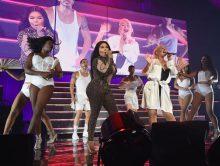 Christina Aguilera neemt Lil Kim mee voor 'Lady Marmalade'