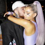 Ariana Grande in tranen tijdens optreden 'thank u, next'