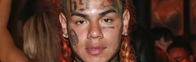 6ix9ine noemt Jim Jones en Cardi B als gangmembers Nine Bloods