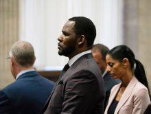 R. Kelly aangeklaagd om huwelijk met Aaliyah