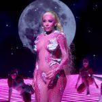 Doja Cat doet 'Say So' live tijdens VMA