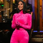 Kim Kardashian grapt over Kanye in SNL